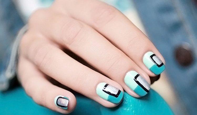 очень красивый дизайн ногтей с элементами геометрии.