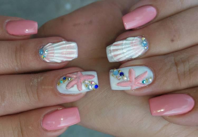 При помощи гель-лака можно сделать и объемный декор на ногтях.