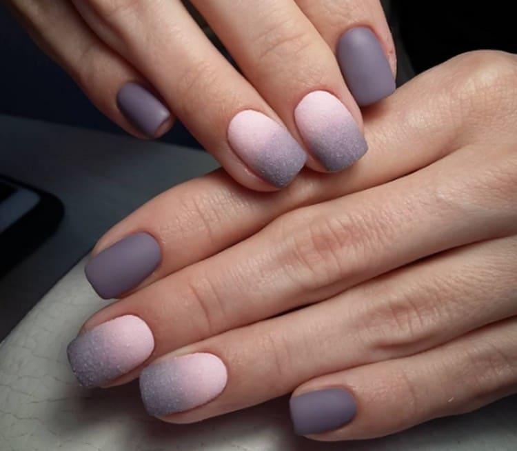 Посмотрите фото дизайна ногтей с матовым покрытием.