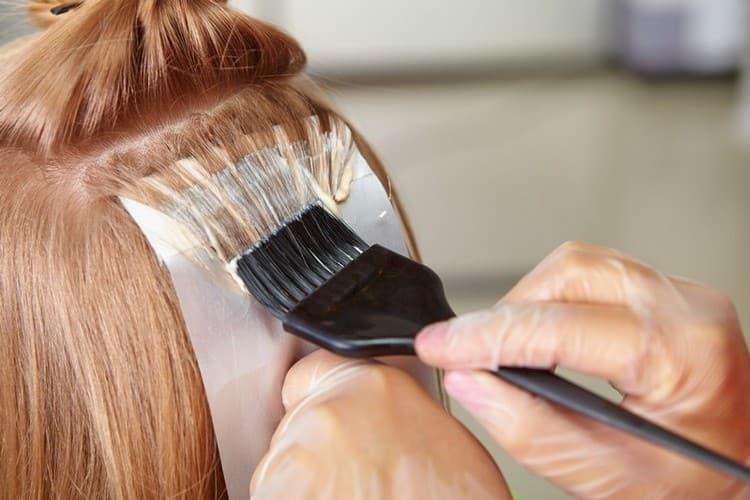 Фольга это еще один способ, как можно делать мелирование на длинные волосы.