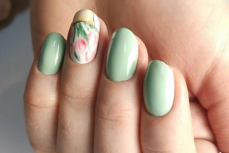 А вот сочный, но в то же время очень нежный дизайн ногтей!