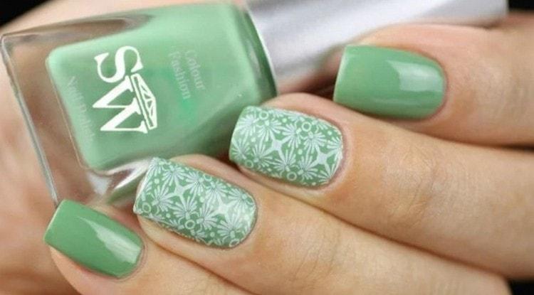 светлый зеленый цвет тоже выглядит утонченно.