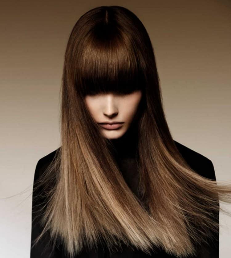 А вот вариант с челкой для длинных волос.