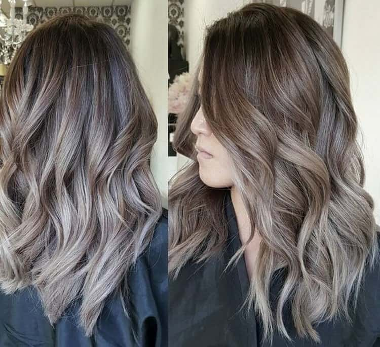 Посмотрите фото красивого окрашивания омбре на темные волосы.