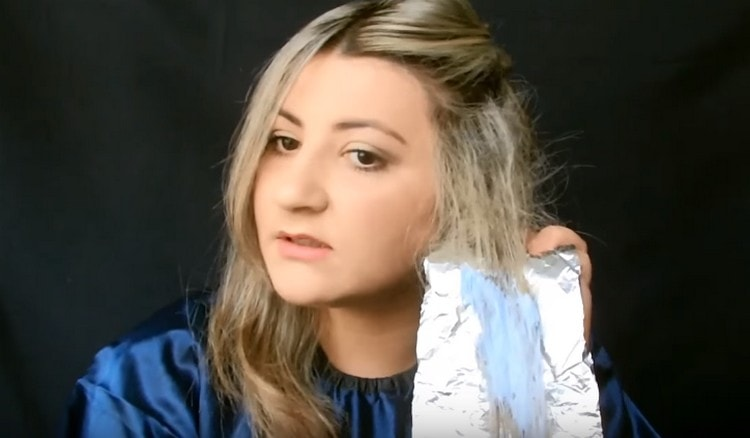Узнайте, как делать омбре на волосах.