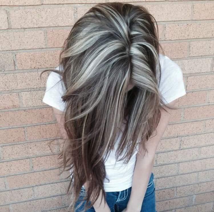 На длинных волосах такая техника позволяет показать всю их прелесть.