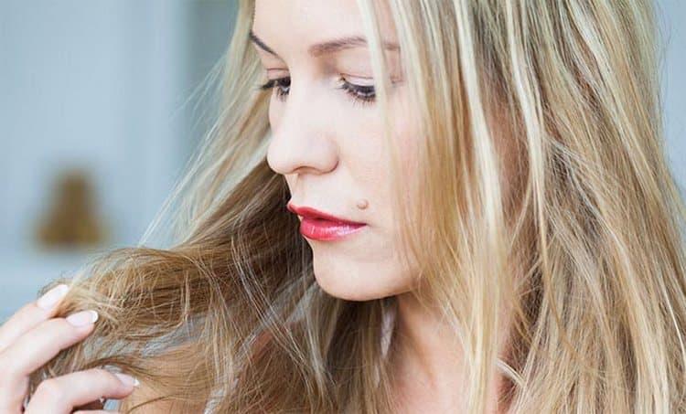 Узнайте, в каких случаях нужны маски для волос питательные, и в каких увлажняющие.