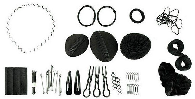 Для создания причесок понадобится расческа, резинки, заколки, украшения.