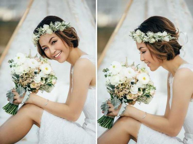 Свадебные прически на короткое каре можно удачно дополнить живыми цветами, веночками.