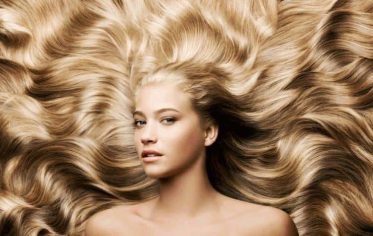 Длинные волосы требуют особого ухода.