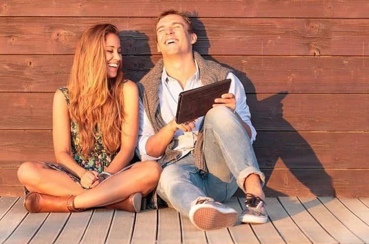 У мужчины-Рыбы и девушки-Водолея больше шансов на совместимость в дружбе.