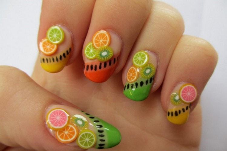 Симпатичные фрукты на ногтях.