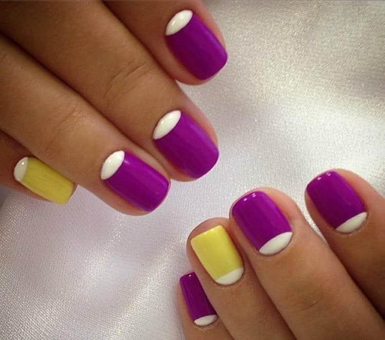 А вот более яркий вариант фиолетово-желтого маникюра.