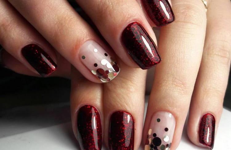 Актуальный дизайн для бордовых ногтей с видео и фото