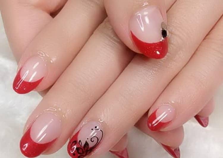 Как сделать красные ногти со стразами дизайн, фото