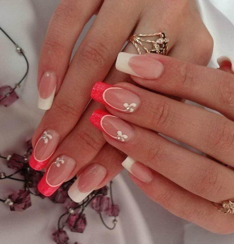 Как сделать  красные ногти с белым френчем