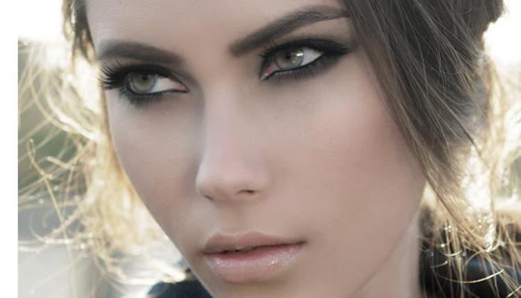 Лучший макияж для светло-карих глаз и светлых волос