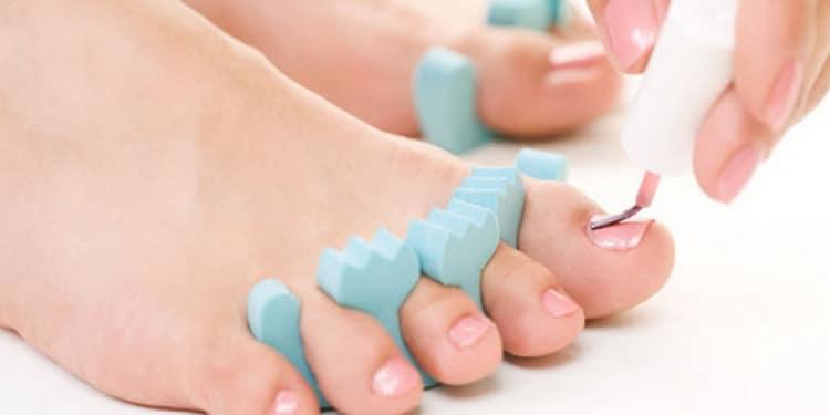 Как сделать наращивание ногтей на ногах,  фото