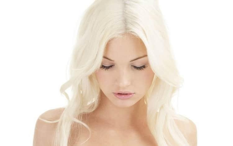 Как наносится пудра для обесцвечивания волос