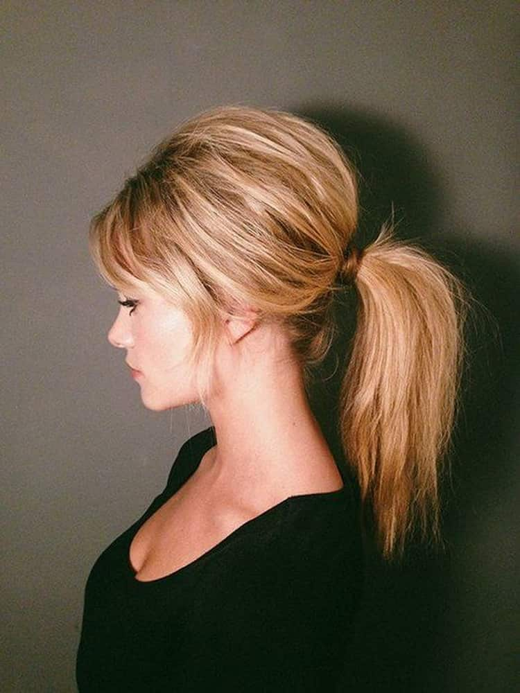 Как делать легкие повседневные прически на длинные волосы
