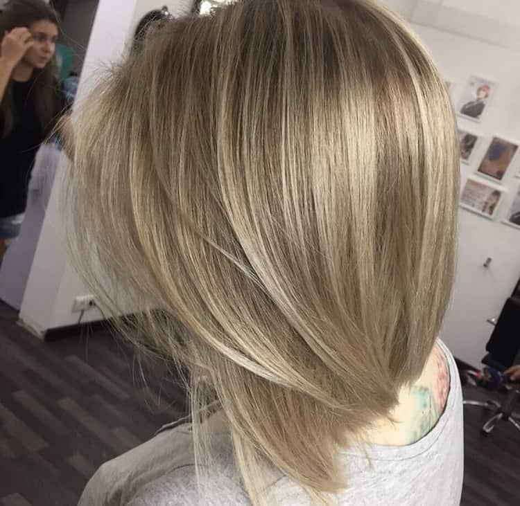 Каре на светлые волосы: шатуш
