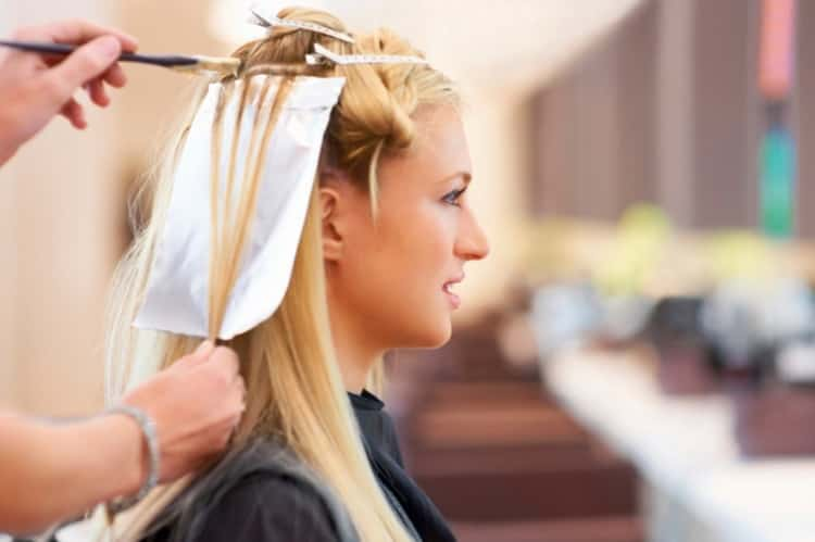 Как сделать свадебные прически на средние волосы с челкой