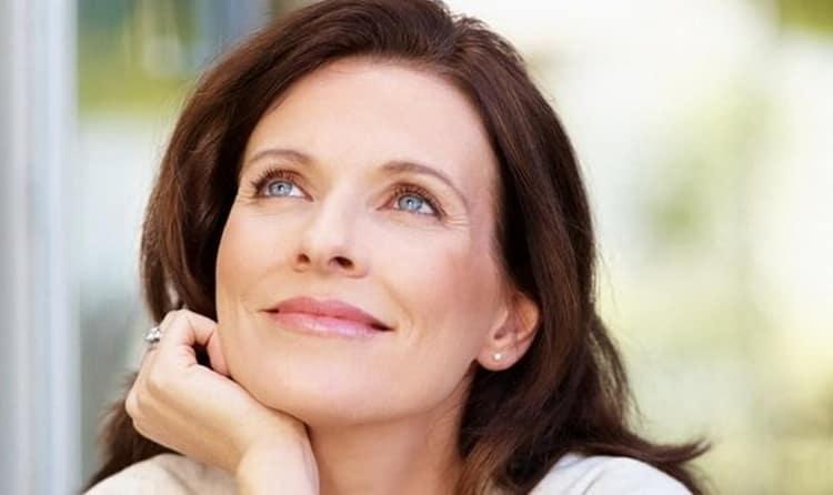 Как выбрать увлажняющий крем для молодой кожи лица