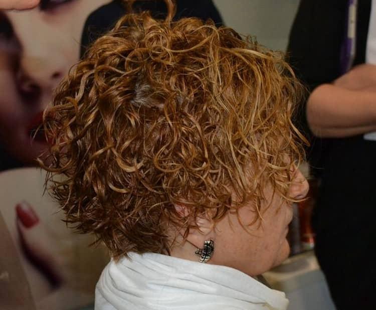 Посмотрит фото биозавивки на короткие волосы.