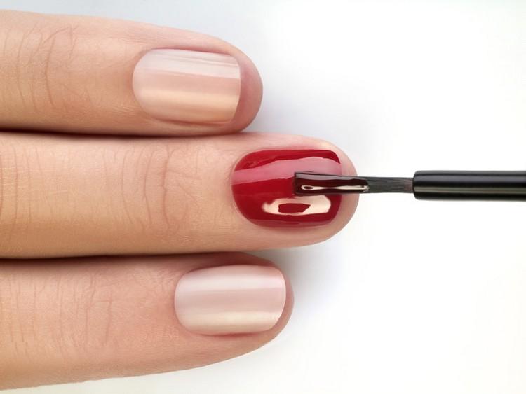 Хороший мастер сможет посоветовать оптимальное покрытие именно для ваших ногтей.