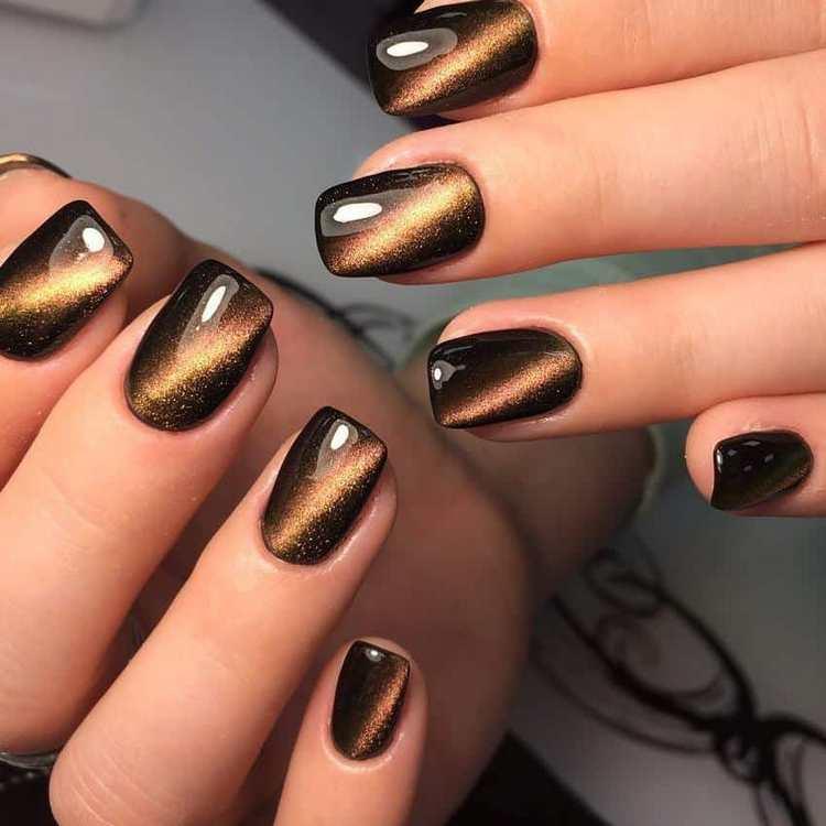 Красиво смотрится такой дизайн ногтей и желто-коричневых оттенках.