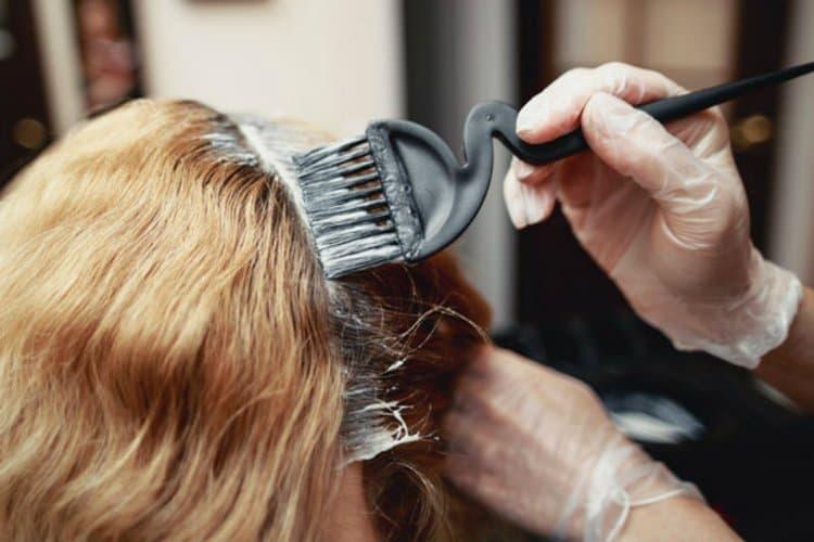 Теперь вы знаете все способы, как можно покрасить волосы.