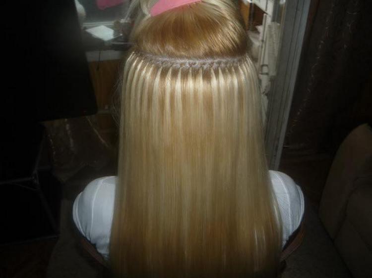 Капсульное наращивание волос имеет свои плюсы и минусы.