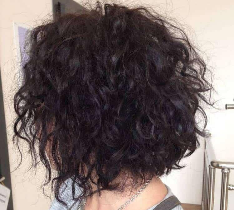 Можно сделать карвинг и на очень короткие волосы.