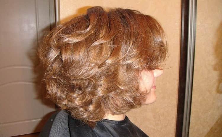 Посмотрите фото завивки волос карвинг на короткие волосы.