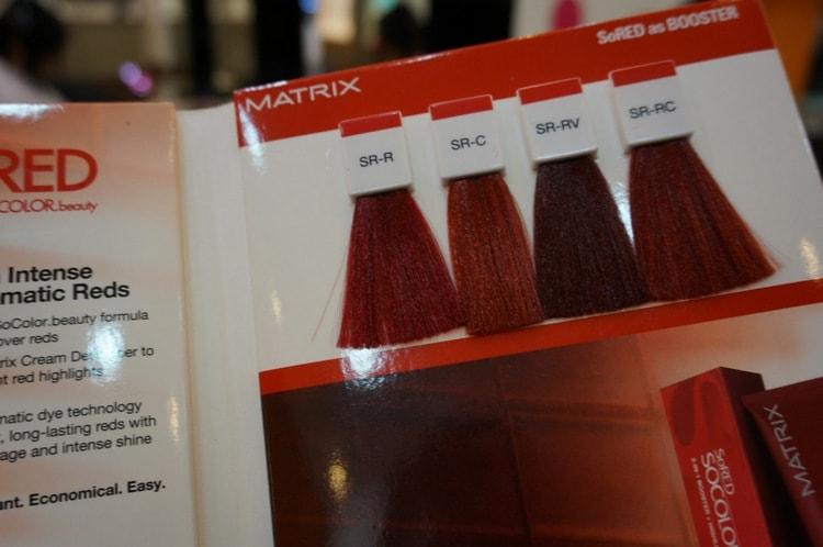 А вот палитра для любительниц рыжих и ярких красных цветов.