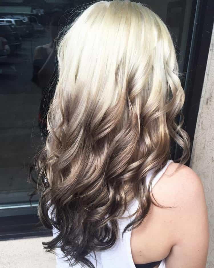 А вот красивое окрашивание волос для блондинок.
