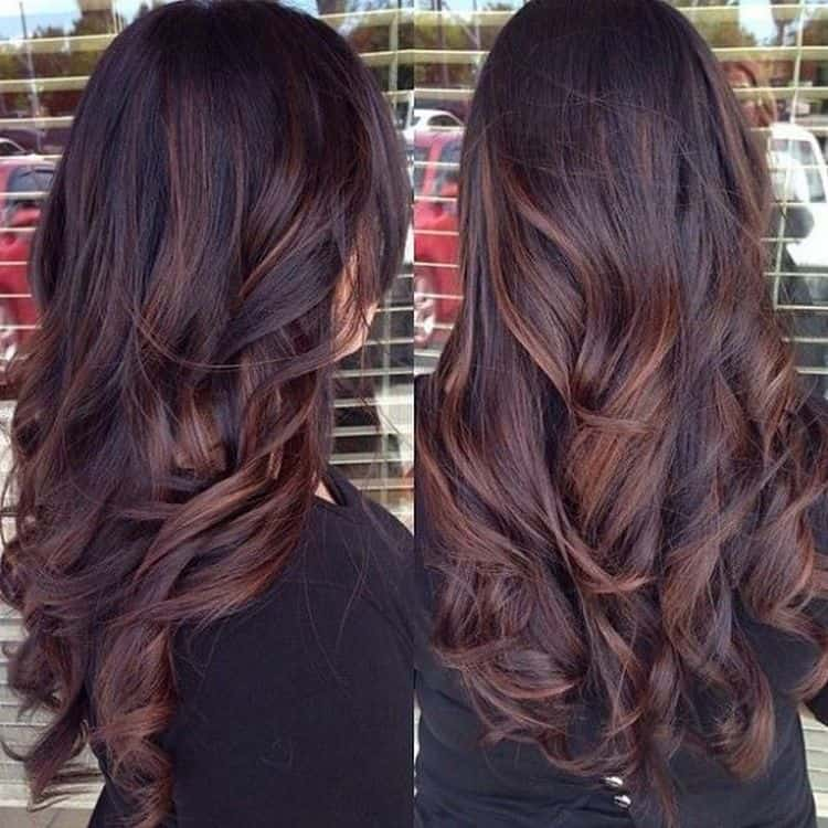 Посмотрите фото окрашивания балаяж на темные волосы.