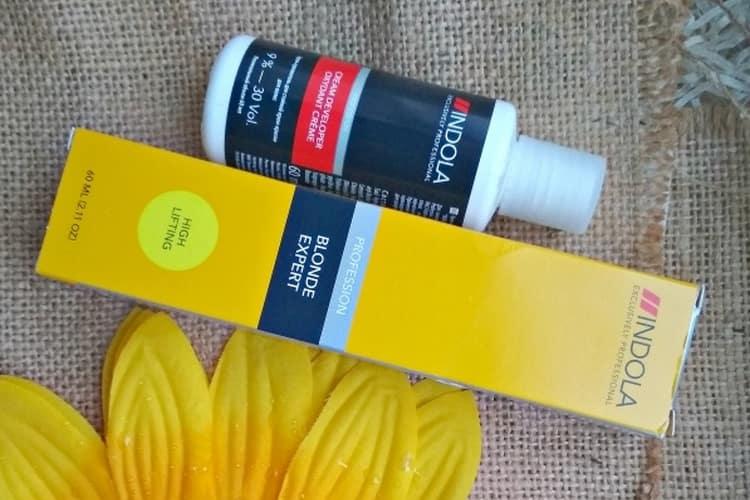 Поговорим о том, какой краской лучше красить волосы.