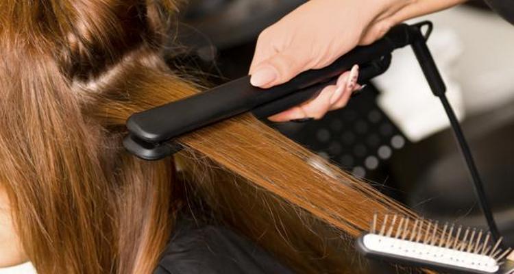 Если хотите купить профессиональные щипцы для волос, очень важно тщательно подойти к выбору.