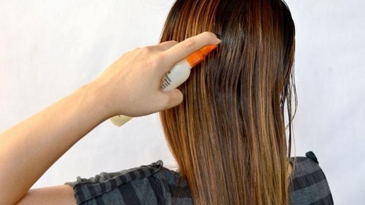 Даже если вы используете самый лучший профессиональный утюжок-гофре для волос, очень важно пользоваться также термозащитными спреями.