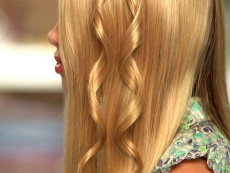 Посмотрите также видео о том, как пользоваться стайлером для завивки волос.