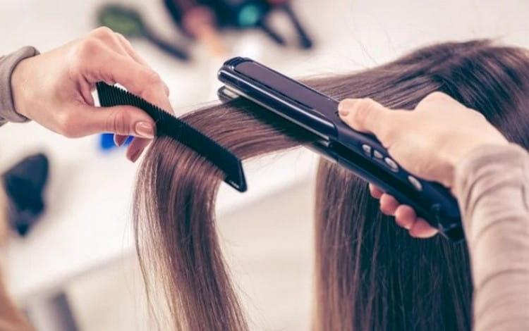 Важно правильно подбирать средства для кератинового выпрямления волос.