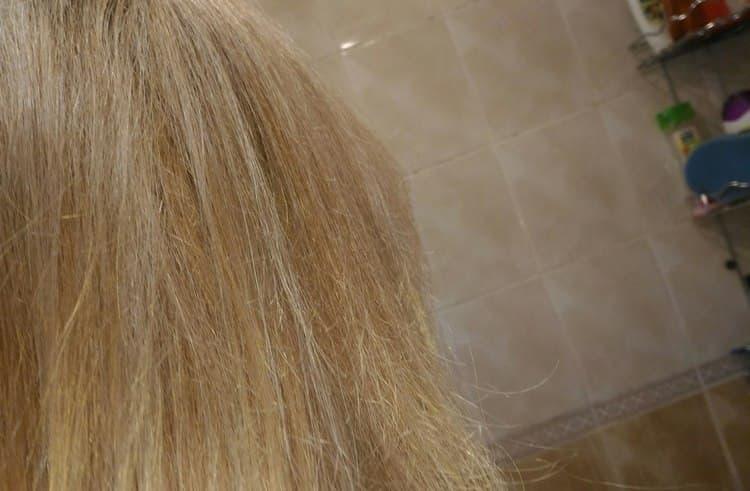 После применения прибора волосы намного меньше пушатся.