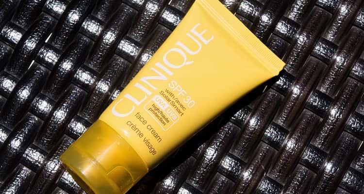 Солнцезащитный крем для лица Clinique
