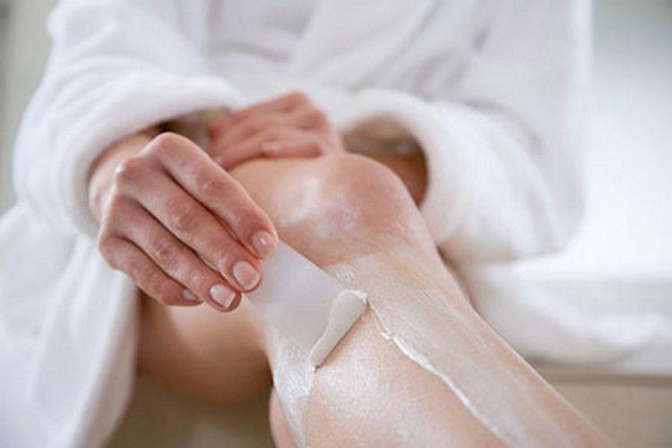 Популярным средством для депиляции в домашних условиях остается крем.