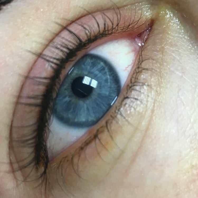 зачем делать перманентный макияж глаз
