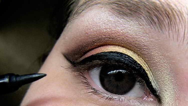 Восточный макияж: как правильно сделать