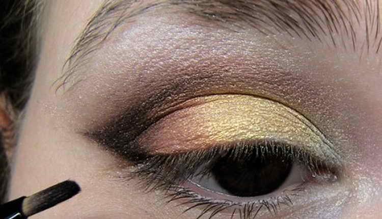 Восточный макияж: как правильно сделать дома