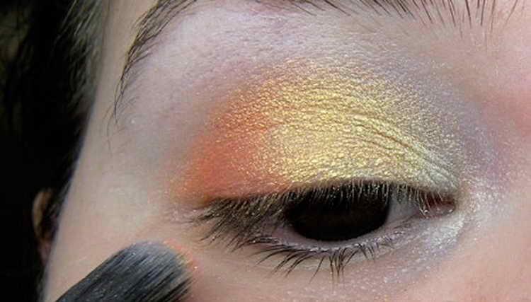 Восточный макияж: как правильно сделать дома – фотоинструкция
