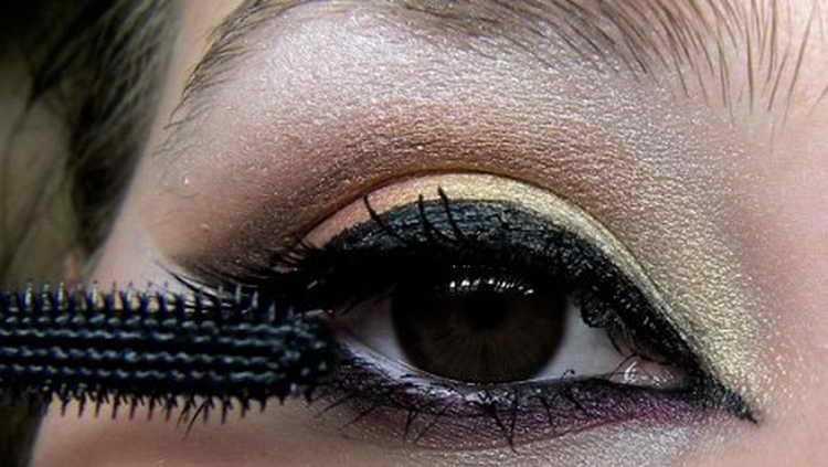 Восточный макияж: как правильно наносить